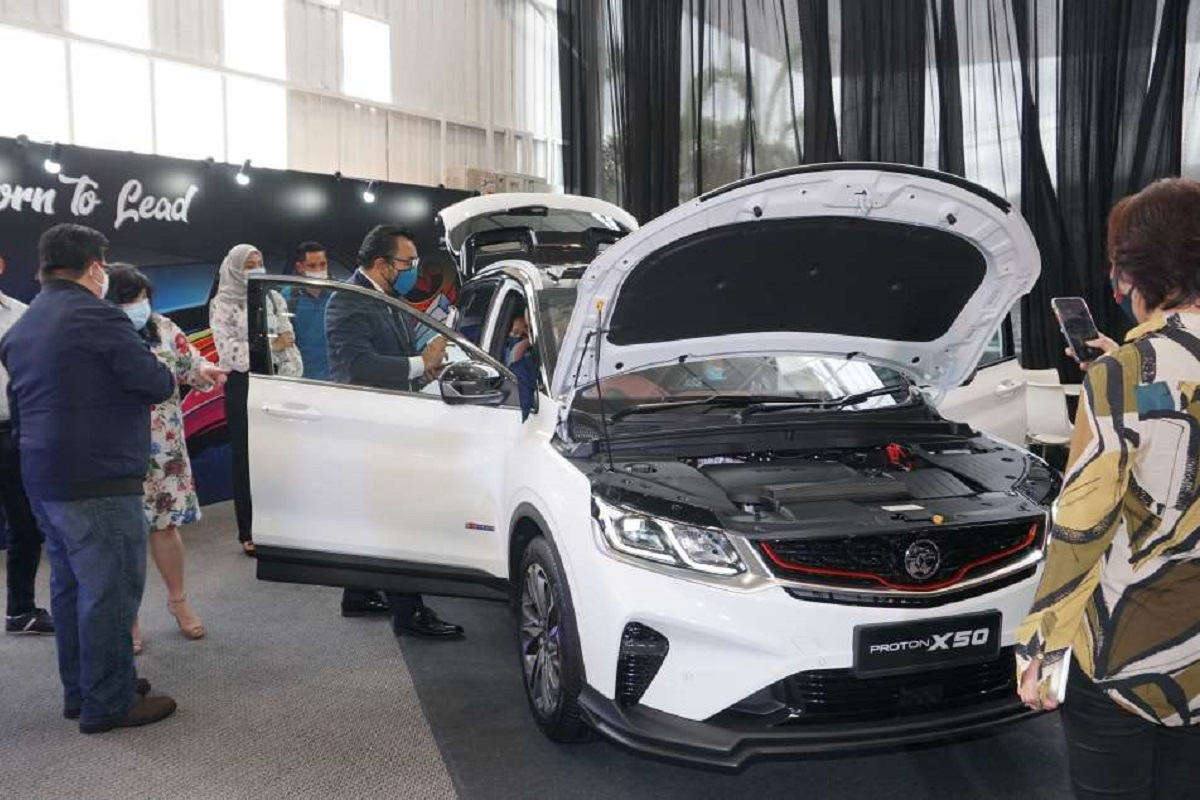 Proton's October sales rise by 20% to 11,392 units