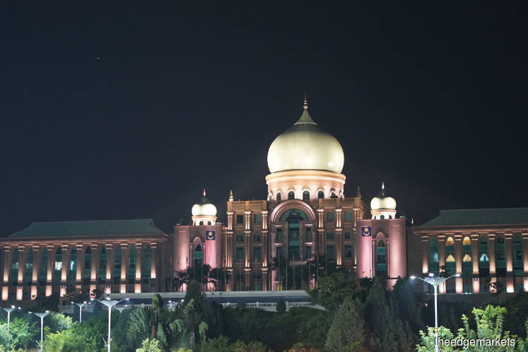 Fixing the economy: Troubling signals on Putrajaya's economic focus