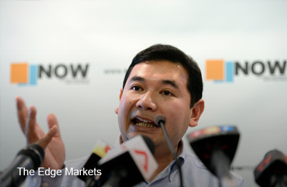 Is Putrajaya awarding RM8.2 bil hospital contract to crony, asks Rafizi