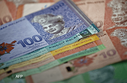 Ringgit dented by Malaysian politics, China data