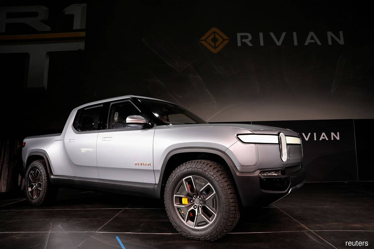 Rivian lands another $2.5 billion in investments