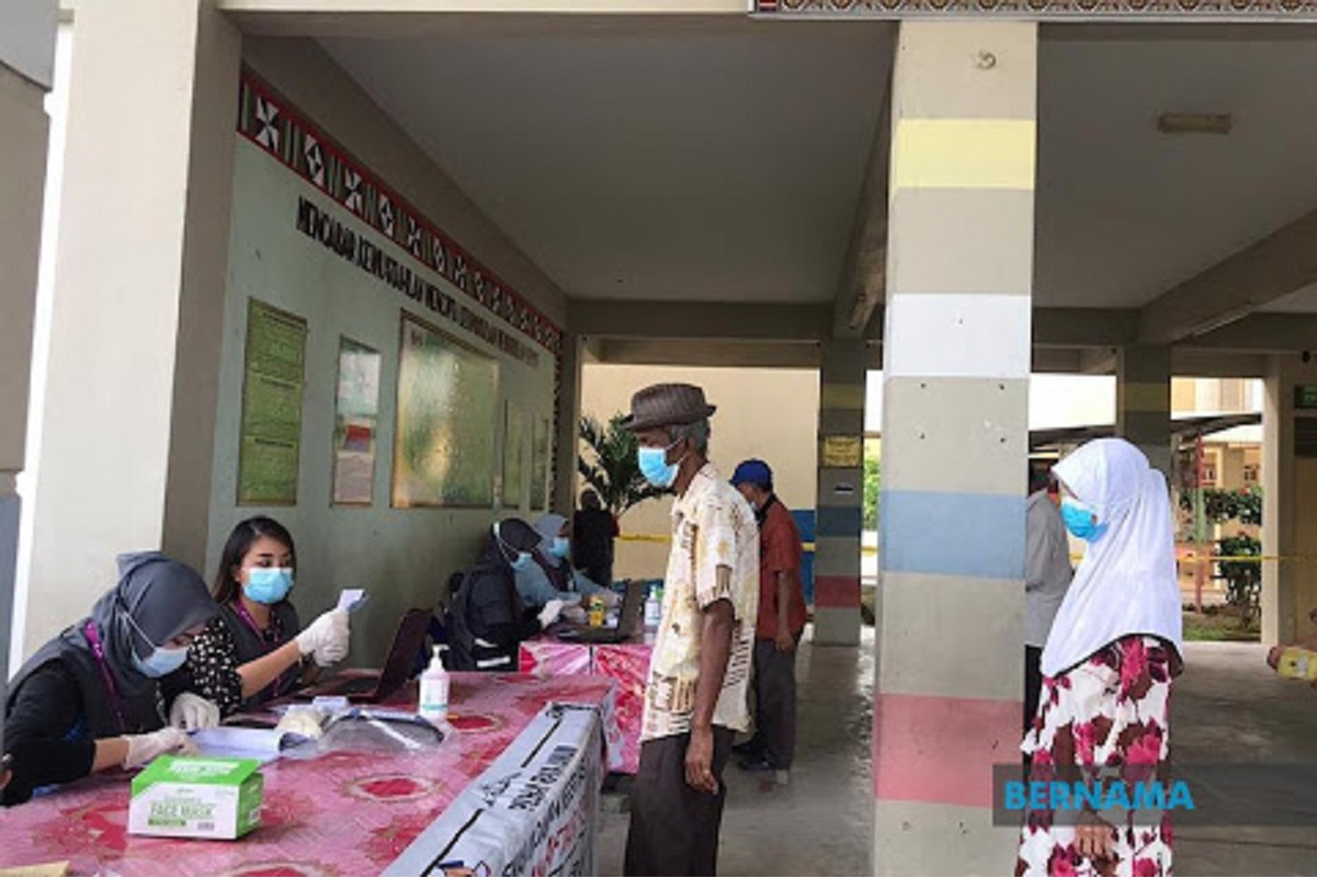 Sabahans start voting, in compliance with Covid-19 SOP