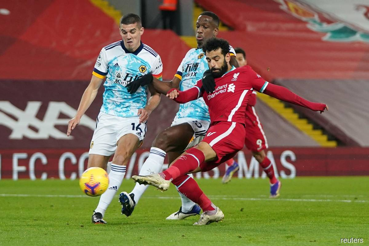 Salah puts on a show as Liverpool wallop Wolves 4-0