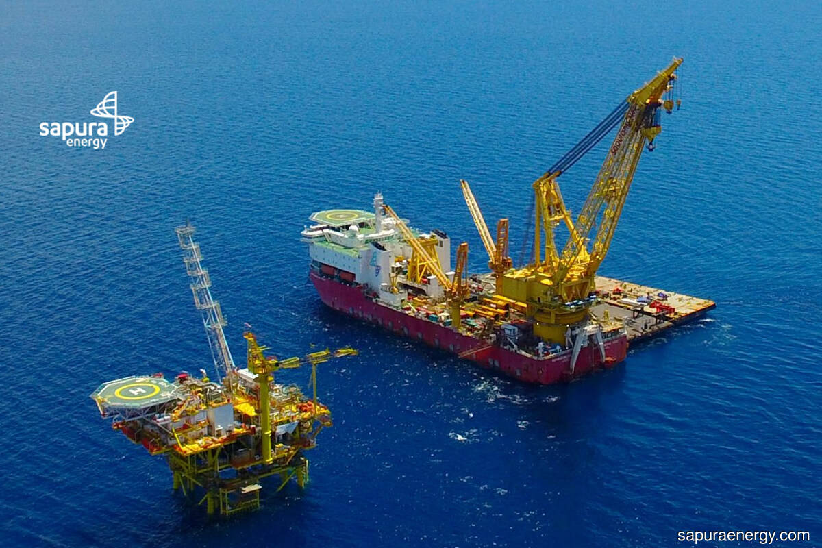Sapura Energy actively traded as oil prices hit five-month high on falling US crude stockpiles