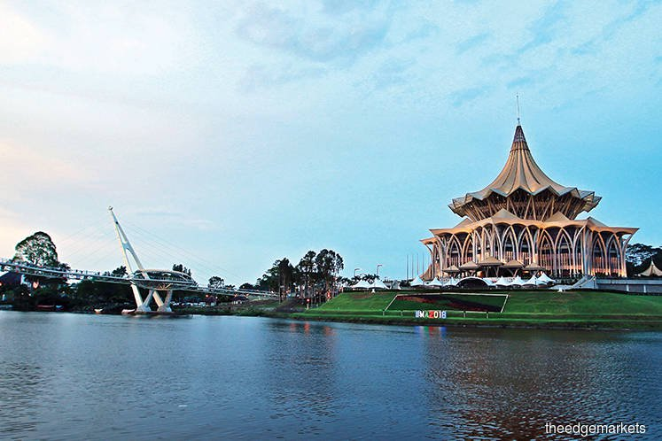 Sarawak's 5% gross value oil royalties stay together with 20% oil profit, MPs told