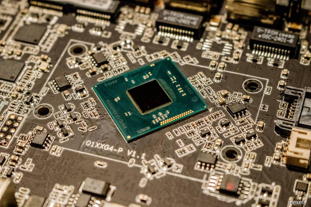 Global fab equipment spending to hit US$100 billion in 2022, says SEMI