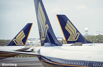 Singapore Airlines to 'at least' track benchmark index: UOB