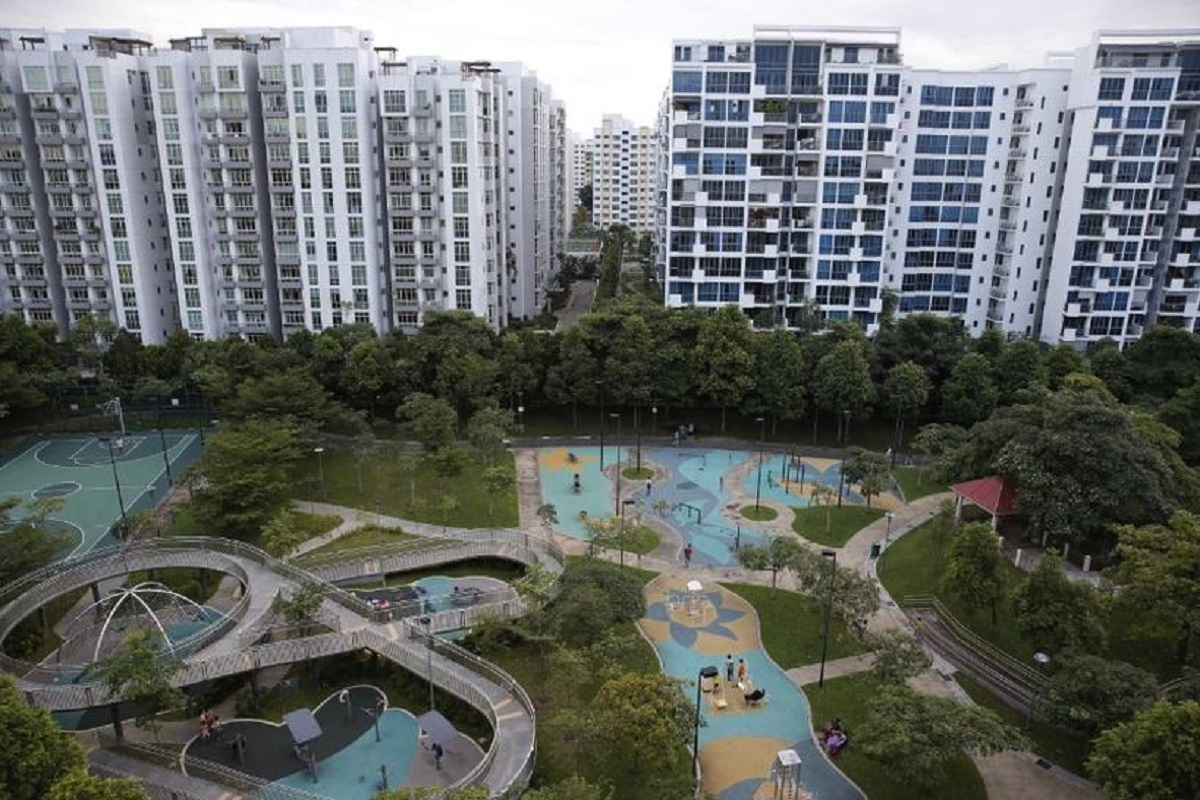 Singapore home prices climb, defying virus restrictions