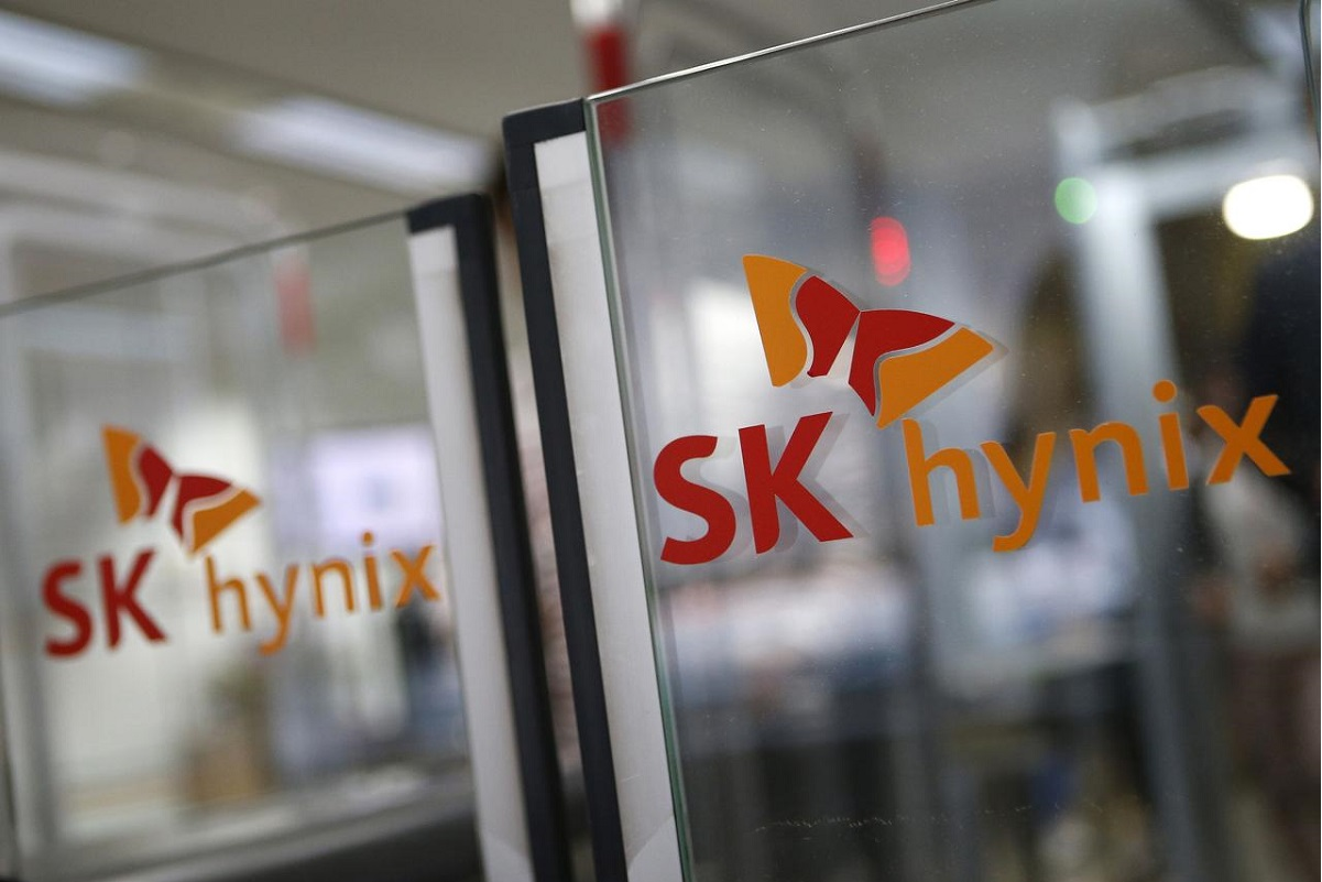 SK Hynix sees strong memory chip demand continuing in 2H as profit jumps
