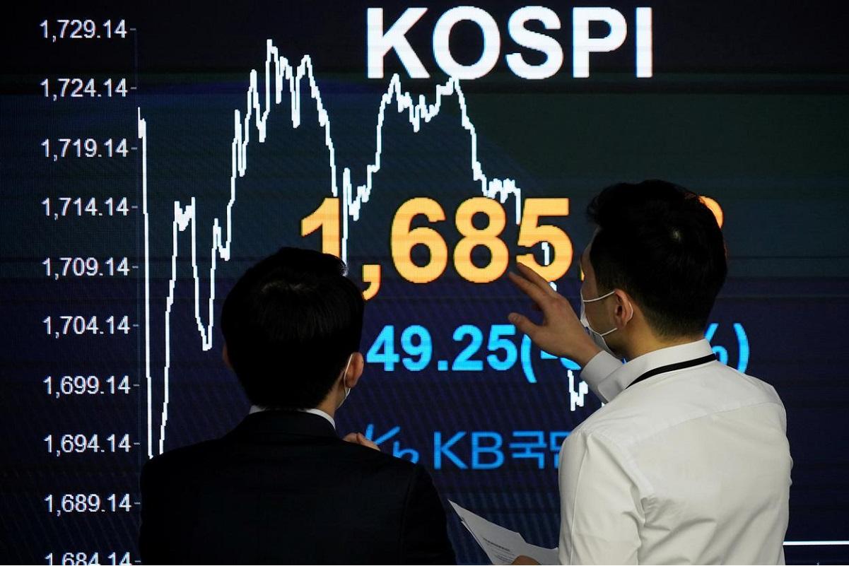 South Korean stocks soar as growth hopes hold