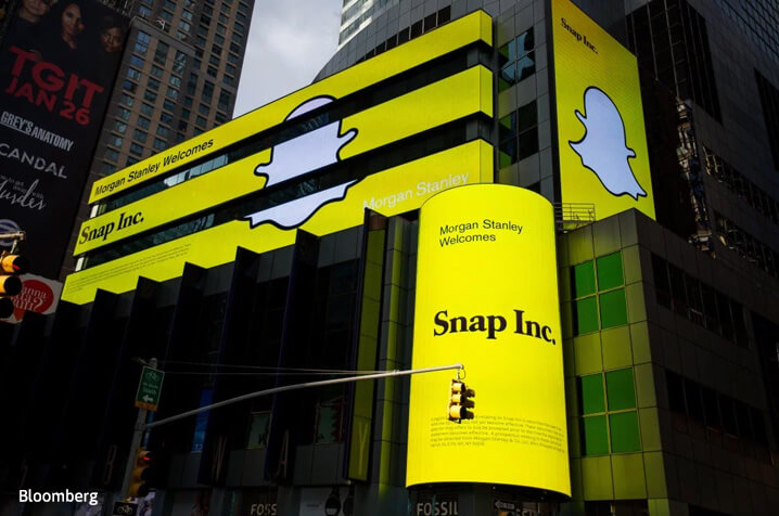 Snap IPO values photo-chat app maker at twice Facebook's worth