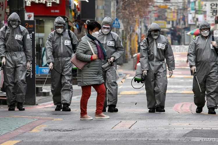 The Korea Centers for Disease Control and Prevention (KCDC) said on Monday there were 47 new infections as of midnight on Sunday compared with 81 recorded a day earlier, taking the national cumulative tally to 10,284. (Photo by Reuters)