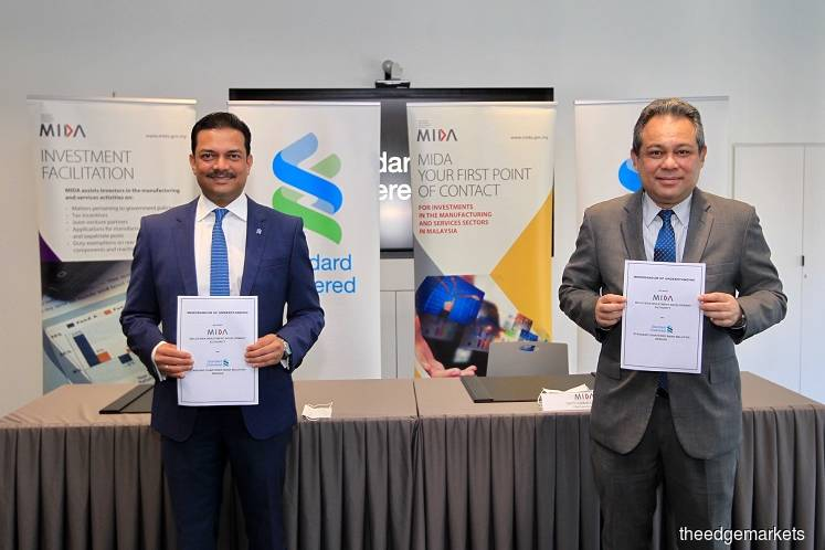 Standard Chartered Malaysia inks MoU with MIDA to bring in foreign investments