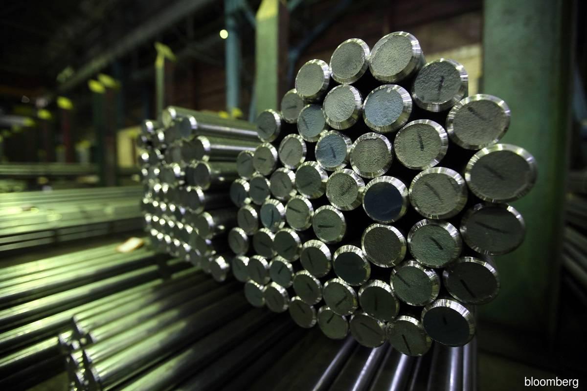 金属价格下跌 钢铁股应声挫