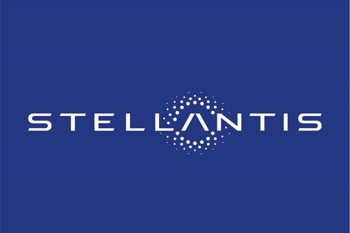 Stellantis shares rise on debut in Milan and Paris