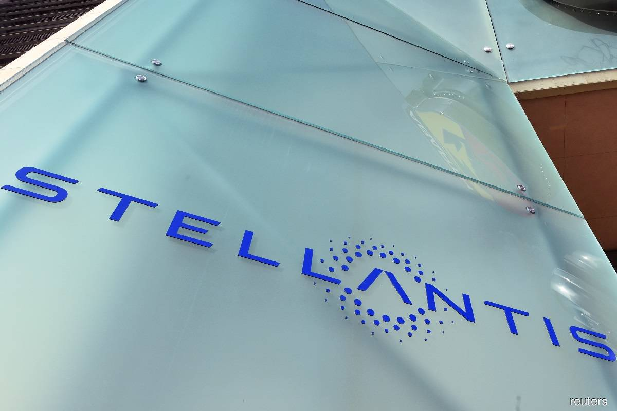 Stellantis says chip shortage worsening, could linger into 2022