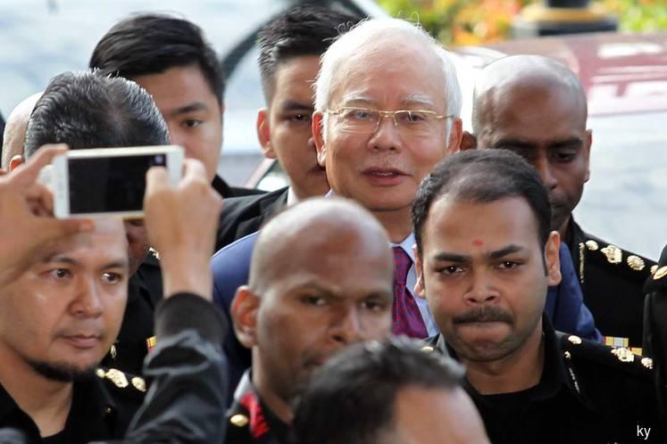 High Court dismisses Najib's bid to extend gag order