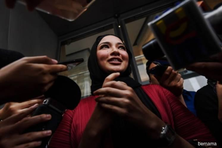 Neelofa suggests to CEP that Malaysia steps up enforcement against fake goods