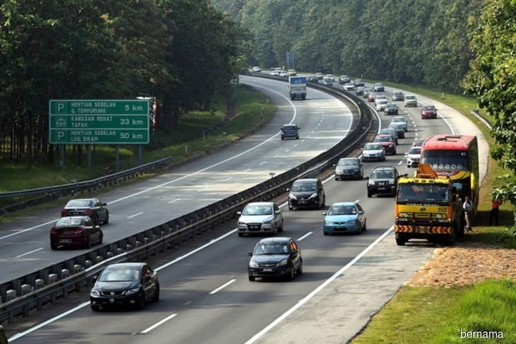 PLUS Malaysia : Traffic slow on major highways