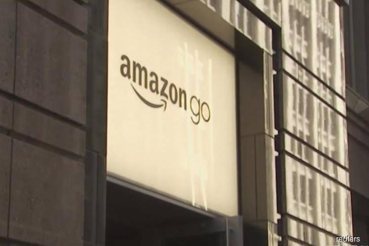 Amazon Said to Plan Up to 3,000 Cashierless Stores by 2021