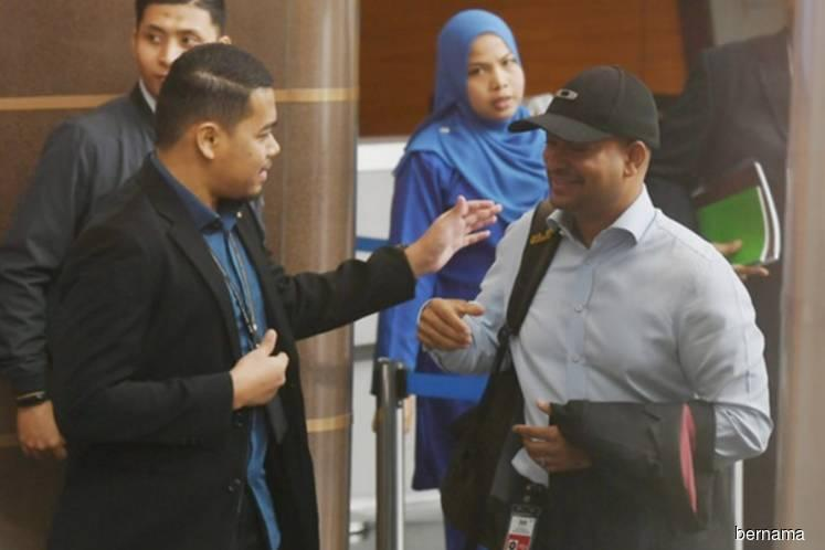 Arul Kanda goes to MACC office on 1MDB-related case