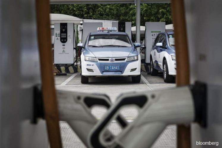 China is leading the world to an electric car future