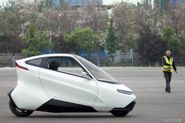 Hyperdrive: The two-wheeled electric car of the future being tested in China