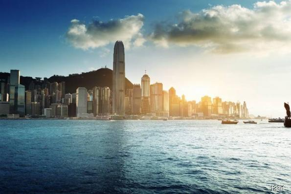 Hong Kong luxury homes expected to dip in price