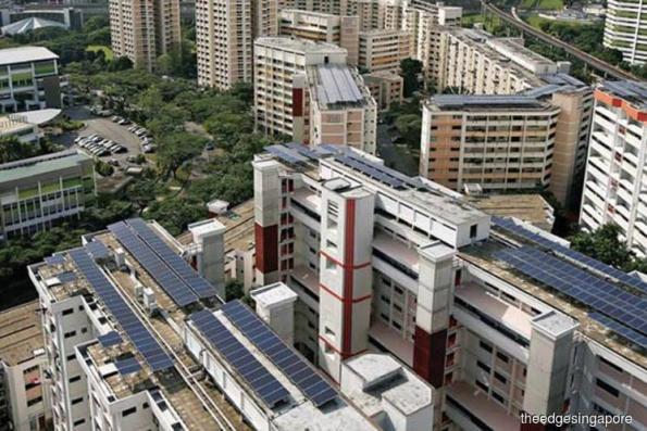 Singapore remains oil-fuelled economy despite renewables push