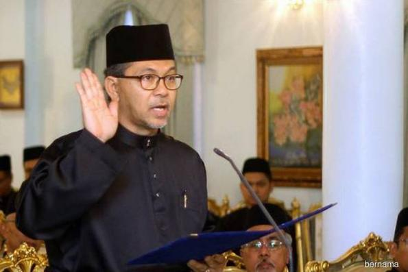 'I have not received any letter of expulsion from Umno' — Perlis MB