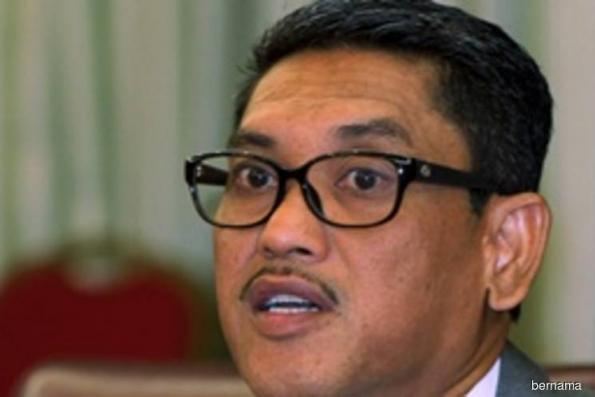 Ahmad Faizal does not feel pressured by calls to step down