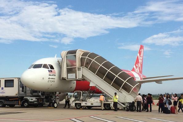 AirAsia withdraws flights from Traveloka
