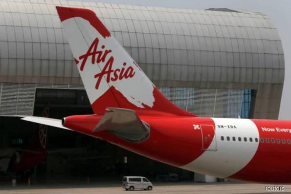AirAsia chairman, asked about possible Airbus order, says nothing cemented