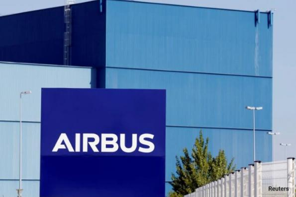 Airbus concedes defeat to Boeing in Paris order race