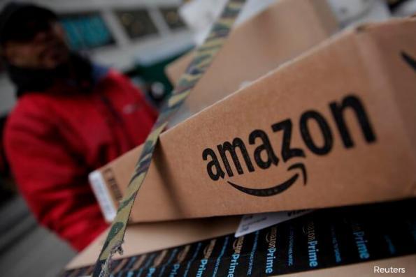 Fashion sellers reel as Amazon aims at next retailer