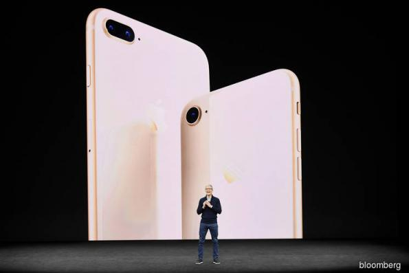 Apple falls after analyst report indicates weak iPhone 8 demand