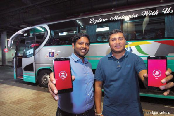 Start-up >: Buying bus tickets in the digital age
