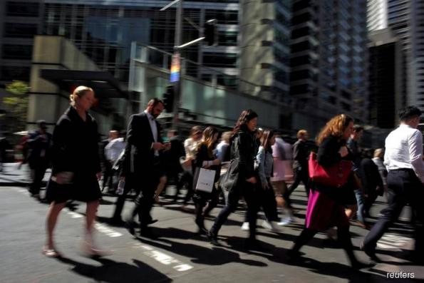 Australia jobless rate dives to 6½-yr low in statistical quirk