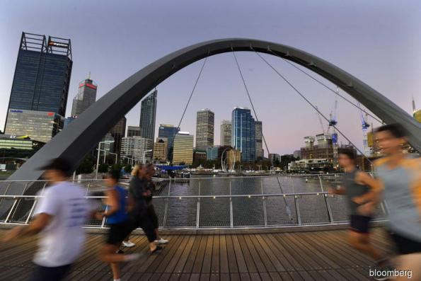 Australian firms to be made to reveal gender pay gap under Labor