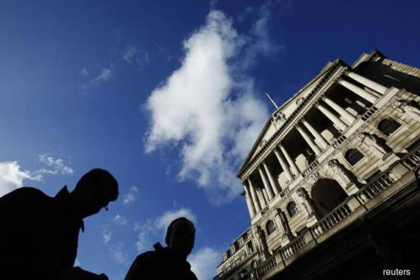 EU and BoE clash over fate of financial contracts after Brexit