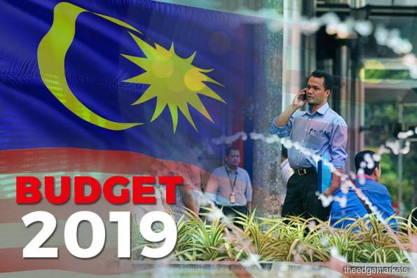 Minimum wage to be revised upward to RM1,100 nationwide from 2019