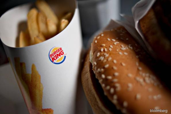 Burger King, Pizza Hut, 6 chains to end 'no-poaching' pacts