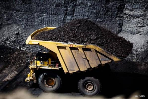 China's coal miners to keep contract prices for next year stable