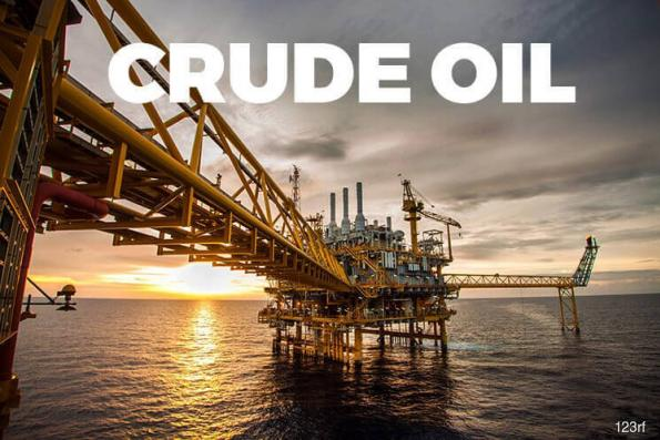 Oil dips on rising U.S. crude inventories and production