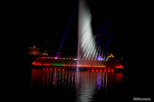 Musical fountain not built by us, says PPES Works (Sarawak) and Naim Land