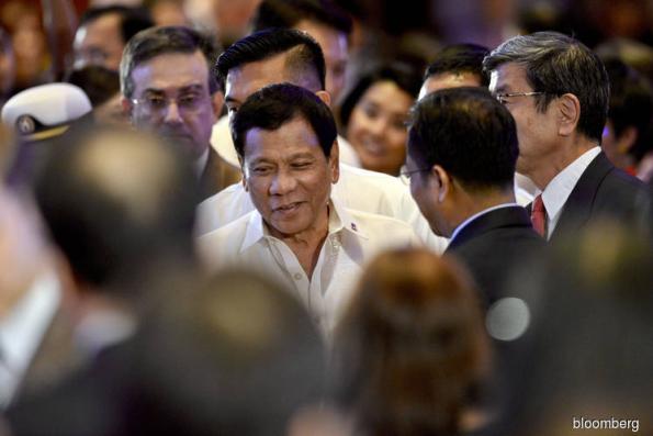 Duterte support tumbles as minors die in Philippine drug war