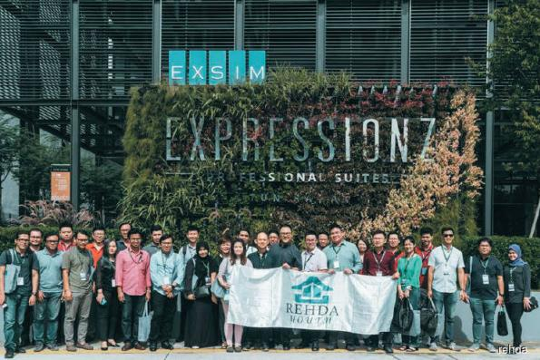 Rehda Youth visits Expressionz, The Rainz and Nippon Paint factory
