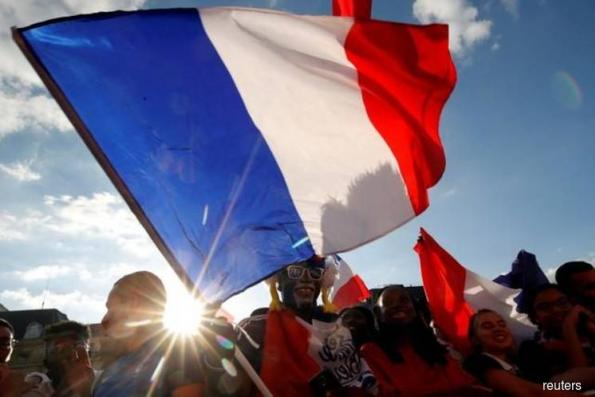 Euphoric France dreams of World Cup glory after 20-year wait