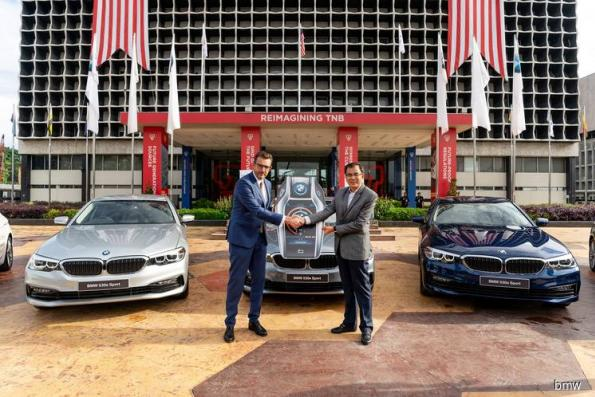 BMW delivers 5 Series Hybrid cars for CEPSI 2018