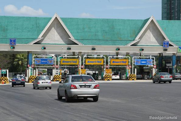 Freeze on toll hikes to cost Putrajaya RM972.75m, says Guan Eng
